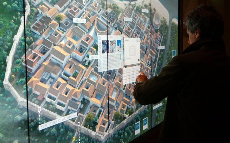 Visitor_Center (immagine bassa)
