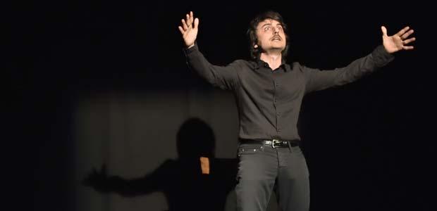 """""""Questa è casa mia"""" di Alessandro Blasioli, un'introduzione allo spettacolo"""